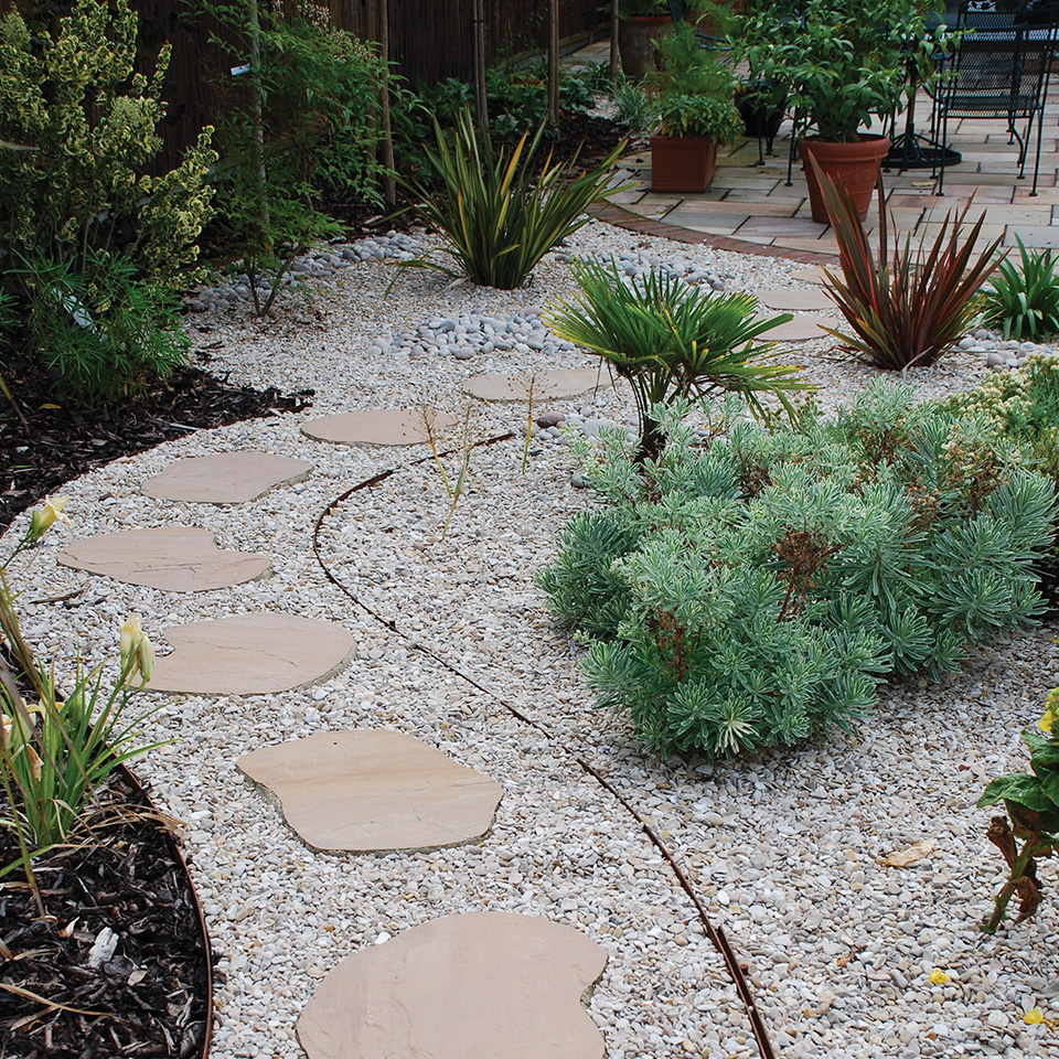 Random stepping stones the cobble shop - Garden pathway design ideas with some natural stones trails ...